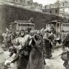 Arrivage de «filles publiques» en voitures cellulaires à la prison Saint-Lazare