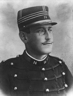 Alfred Dreyfus, photo Roger Viollet.