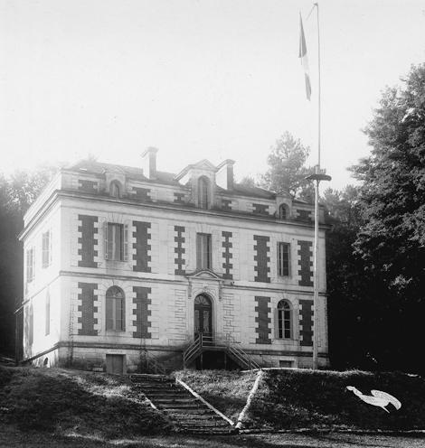 Château des Bernardoux, siège des Compagnons de France pour la Dordogne à partir du 1er octobre 1940. Photo La thèque.