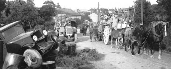 Scène d'exode, juin 1940. Jacky Tronel.