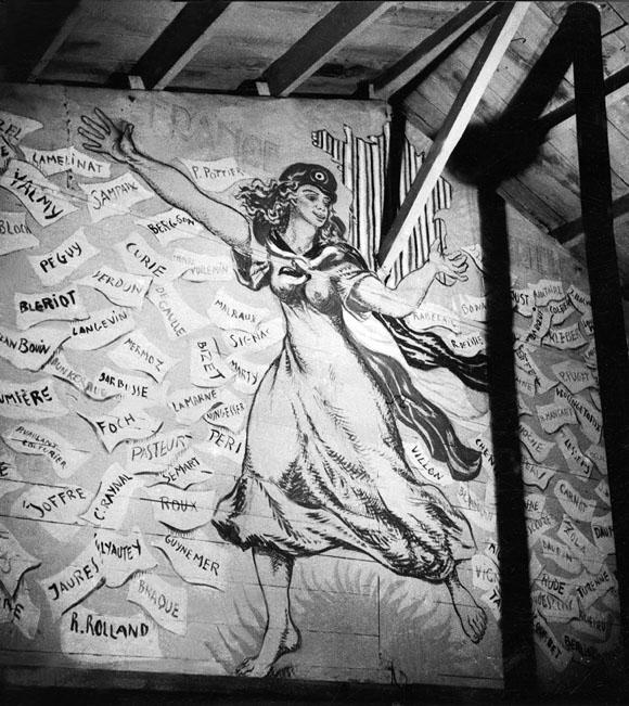 Fresque de Boris Taslitzky au camp de Saint-Sulpice la Pointe. Marianne.