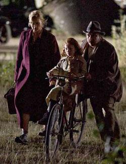 La famille Spiegel à la recherche d'un refuge, scène du film Marga.