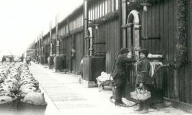 Femmes travaillant à la Poudrerie nationale de Bergerac.