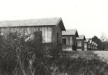 Baraquements du Camp de Masseube dans le Gers. Mémorial de la Shoah.