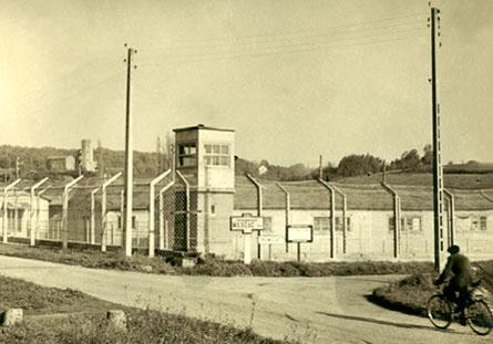 Le centre pénitentiaire de Mauzac dans les années cinquante. Collection Michel d'Abbadie d'Arrast.