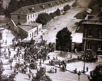 Combats du vendredi 25 août 1944 devant l'École militaire de Paris.