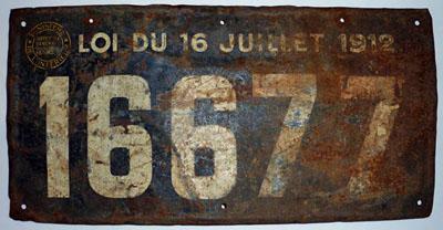 Plaque de véhicule de nomades délivrée par la préfecture de Lot-et-Garonne.