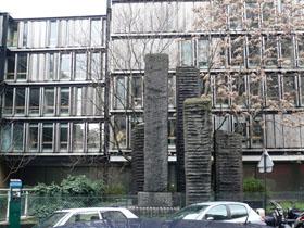 Sculptures de Shamaï Haber, rue du Cherche-Midi, Paris.