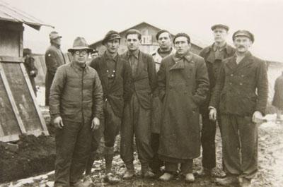 Groupe de brigadistes allemands internés au camp de Gurs en 1939