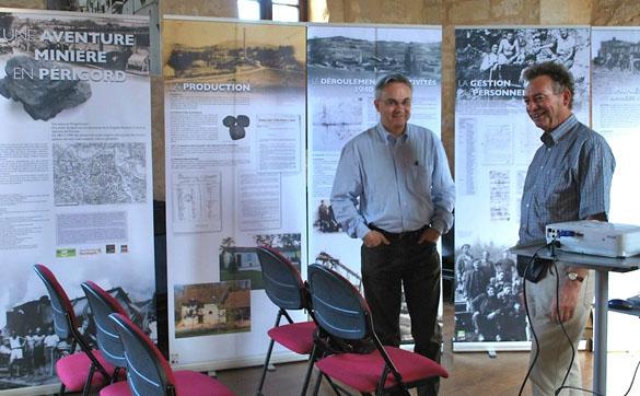 Conférence-expo sur les travailleurs étrangers dans les mines de lignite du Dantou, à Belvès, le 6 mai 2011.