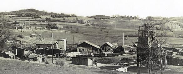 Mines de lignite de Merle : carreau des Mines Basses, commune de Cladech, Dordogne.