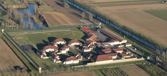 Vue aérienne du centre de détention de Mauzac (nouveau centre) ouvert en 1986. Photo Damien Bouyssi.