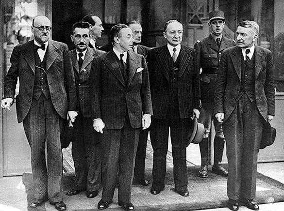 Paul Reynaud et les membres de son gouvernement, 6 juin 1940