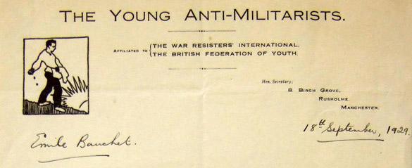 Lettre à en-tête de The Young Anti-Militarists du 18 septembre 1929, écrite par Eva Jones et adressée à Émile Bauchet, écroué au Cherche-Midi