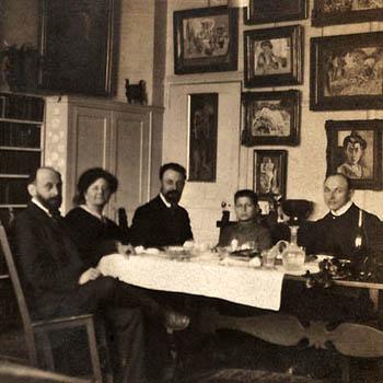 Le peintre Henri Matisse déjeunant avec les Stein, rue Madame.
