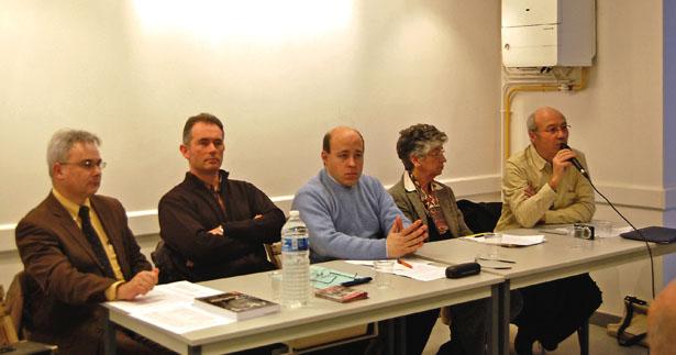 Cinq des auteurs de « Vichy en Aquitaine », paru aux Éditions de l'Atelier étaient à la salle Paul-Broca samedi 21 janvier, à l'invitation des Amis de Sainte-Foy et sa région.