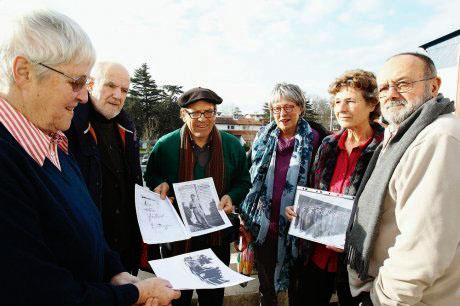 Les membres du collectif du camp du Polo de Beyris