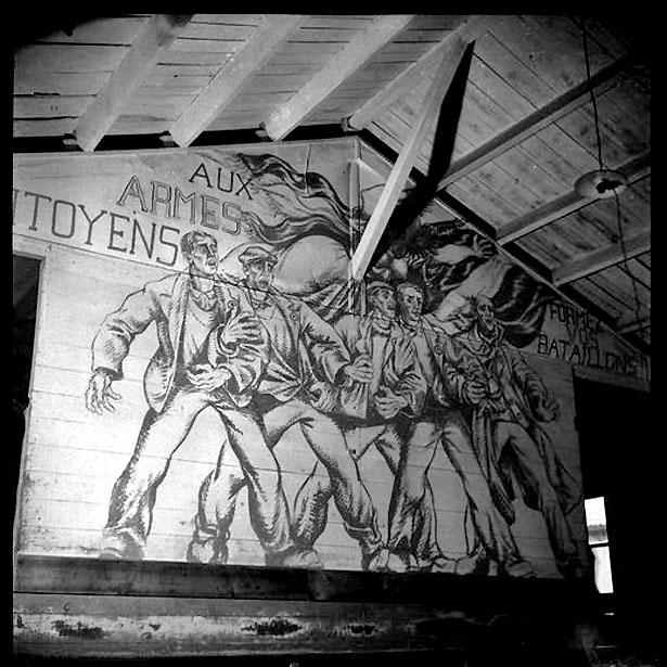 Fresque peinte par Boris Taslitzky, interné politique au camp de St-Sulpice la Pointe (Tarn)