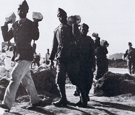 Prisonniers coloniaux du Stalag 222 de Beyris (Bayonne).