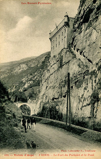 Le Fort du Portalet, prison d'État.