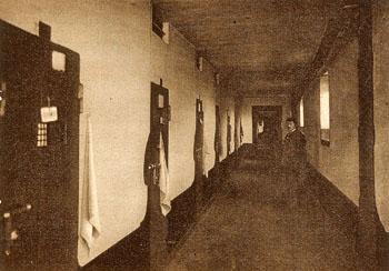 Alignement des cellules de la Petite Roquette, 1929