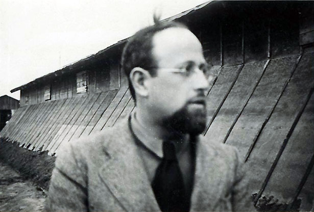 Rabbin Léon Ansbacher, au Camp de Gurs (1941-1942).