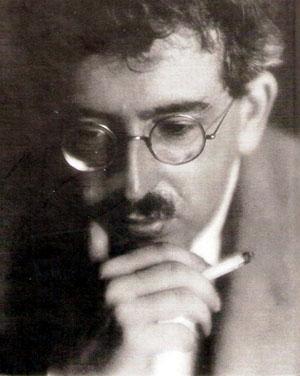 Walter Benjamin en 1926. Photographie de Germaine Krull.