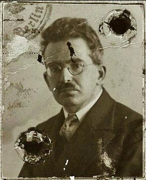 Photographie du passeport de Walter Benjamin, vers 1928 Berlin.