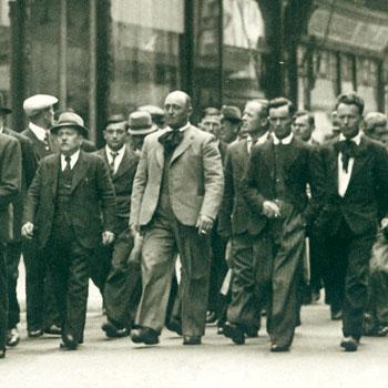 Sante Garibaldi défilant à Bergerac le 14 mai 1939
