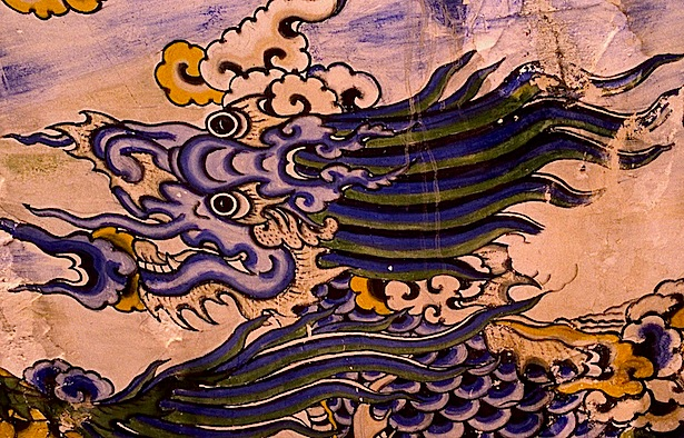 Fresque indochinoise à la Poudrerie de Bergerac, tête de dragon, © photo Jacky Schoentgen, 1993.