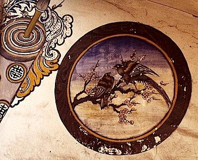 Fresque indochinoise à la Poudrerie de Bergerac, pinson, © photo Jacky Schoentgen, 1993.