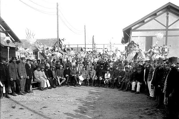 La fête du Têt à la poudrerie de Bergerac, janvier 1918.