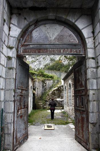 Entrée du Fort du Portalet. Urdos, vallée d'Aspe.