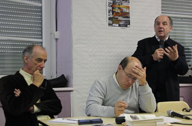 Denis Peschanski évoque la problématique des mémoires de l'enfermement en Aquitaine lors des 7e rencontres historiques du Portalet, 13 octobre 2012.
