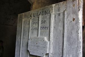 Le Fort du Portalet à Urdos, porte des cuisines. Photo Jacky Tronel