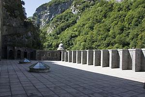 La terrasse du Fort du Portalet à Urdos
