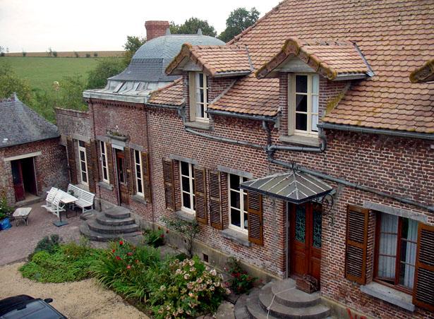 """La Villa """"Le Château"""" sise au 10 rue du Château, à Renneval, dans l'Aisne."""