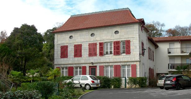 Villa Julia à Bayonne, centre de séjour surveillé pour indésirables. Photo Claire Frossard.