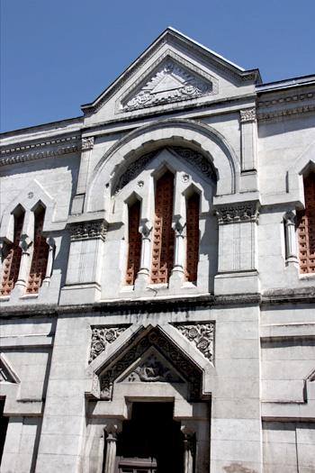 Façade du temple maçonnique de Périgueux