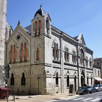 Rue Saint-Front, à Périgueux, temple maçonnique