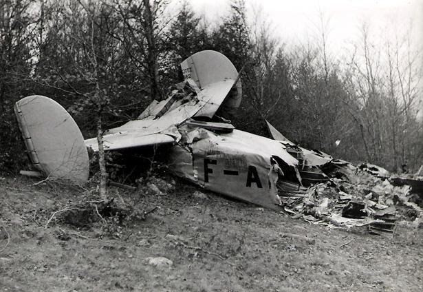 Le Potez 662 du général Huntziger après le crash. Source Photo Gallia.