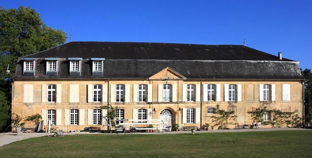 Façade du château du Sablou telle qu'elle se présente aujourd'hui. Photo Francis Guichard.