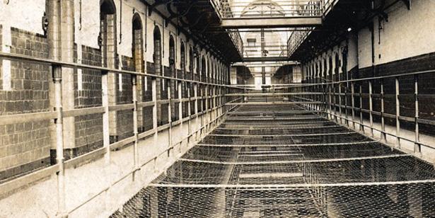 Prison de Dartmoor, près de Plymouth. De 1917 à 1920, centre de regroupement des objecteurs de conscience. Coursives...