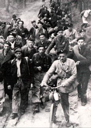 Marche de la mort de Sachsenhausen vers Lübeck.