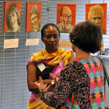 Exposition de peintures de Francine Mayran, le 27 avril 2014, au Centre Européen de la jeunesse à Strasbourg,pour la 20e commémoration du génocide des Tutsi