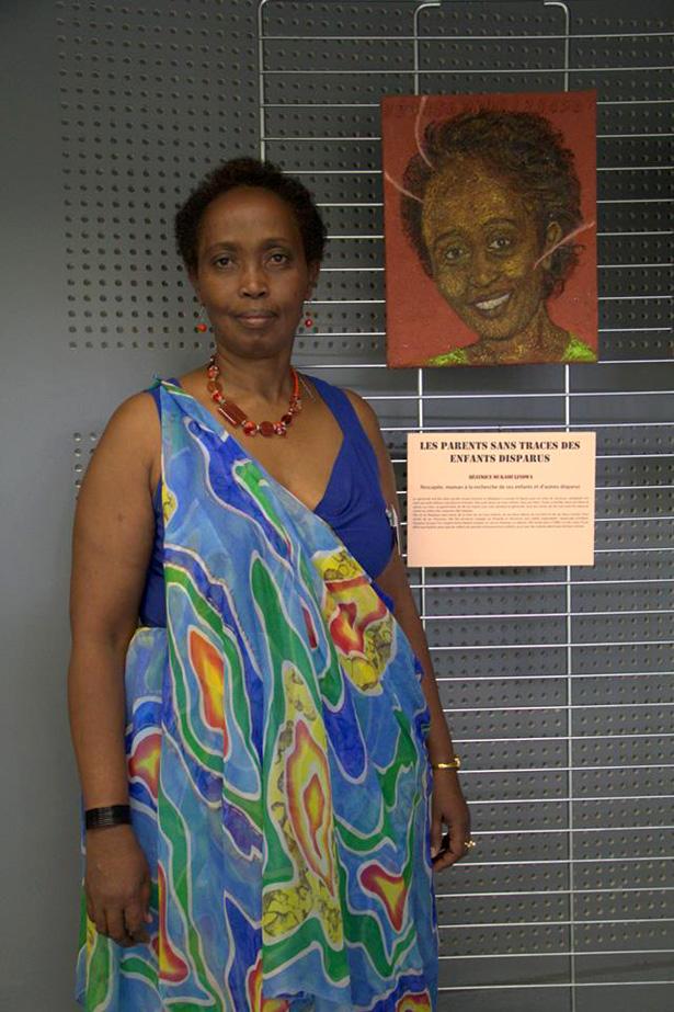 Le 27 avril 2014, au Centre Européen de la jeunesse à Strasbourg,pour la 20e commémoration du génocide des Tutsi, exposition de peintures de Francine Mayran.