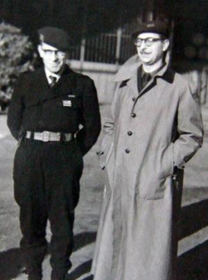 Capitaine Gustave à gauche et commandant Docteur (Jean-Florian Collin) à droite, coll. Jacky Tronel