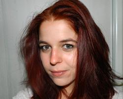 Anaïs Escudier, 27 ans.Enseignante Université Toulon UFR Lettres – Coordinatrice du projet « Récits du bagne – Inspirations policières de Toulon à l'Île du Levant »