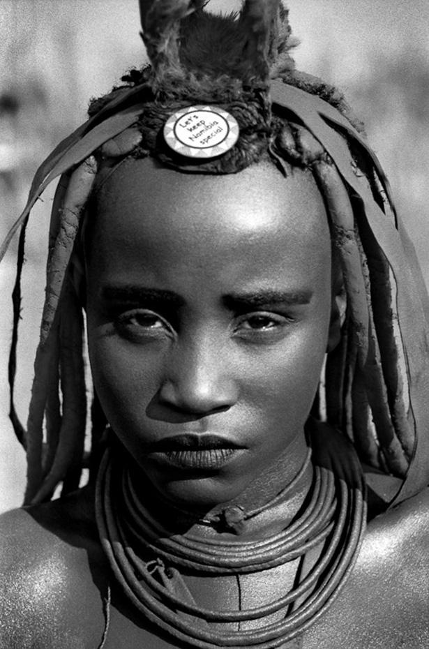 Le livre de Rina Sherman : « Les années Ovahimba » est le fruit d'un travail réalisé sur sept ans en Namibie et en Angola.