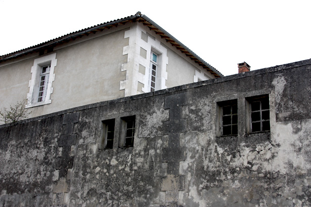 ecole_gambetta_ancienne_prison_de_nontron_2